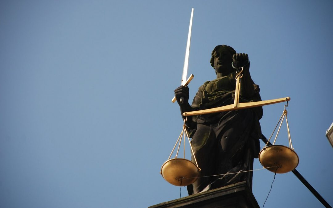 20 Insightful Quotes About Attorney